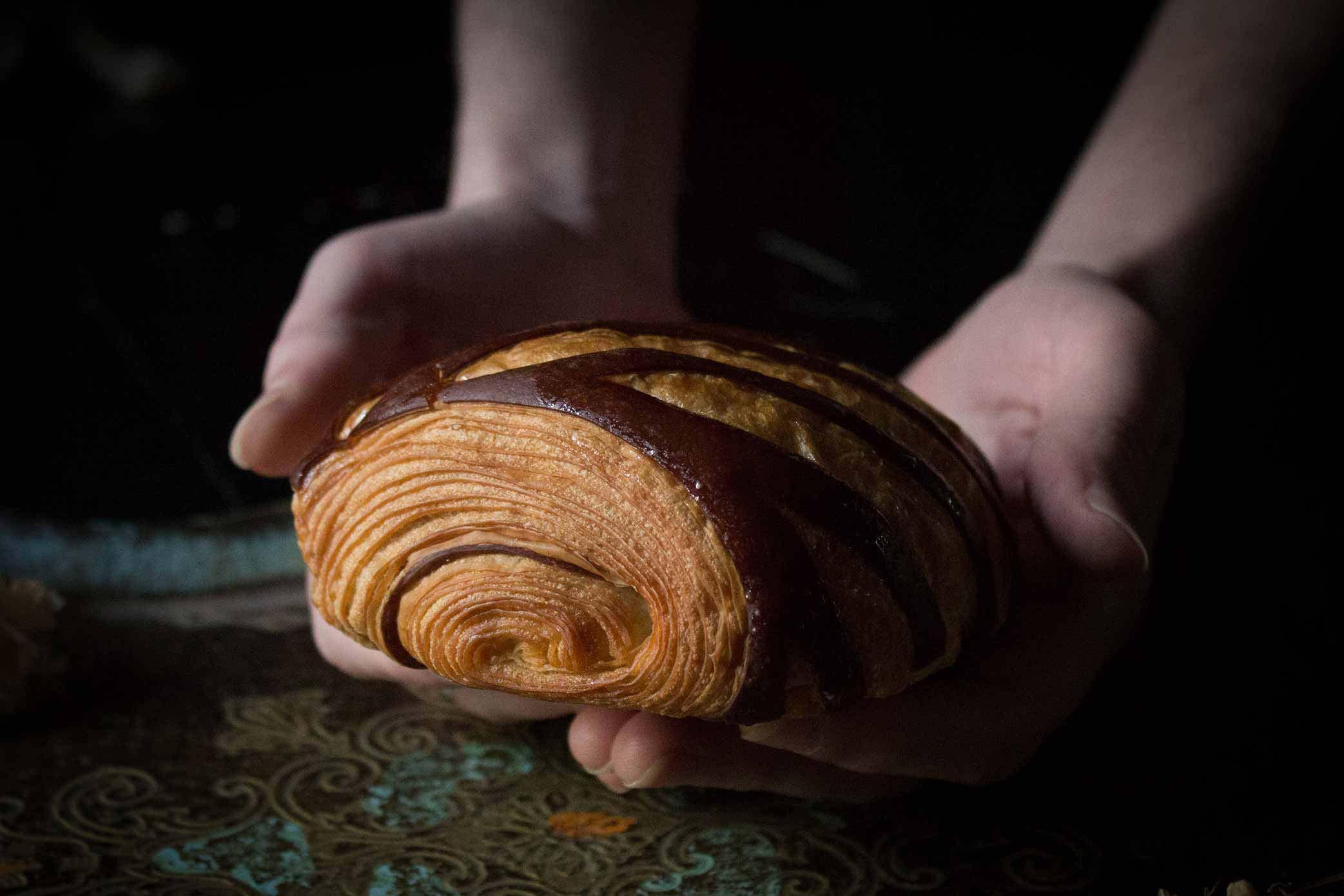 Pain-au-chocolat- Renards Gourmets